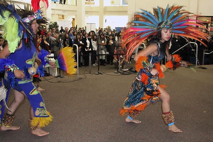 Aztec Dancers - Grupo Xipetotec