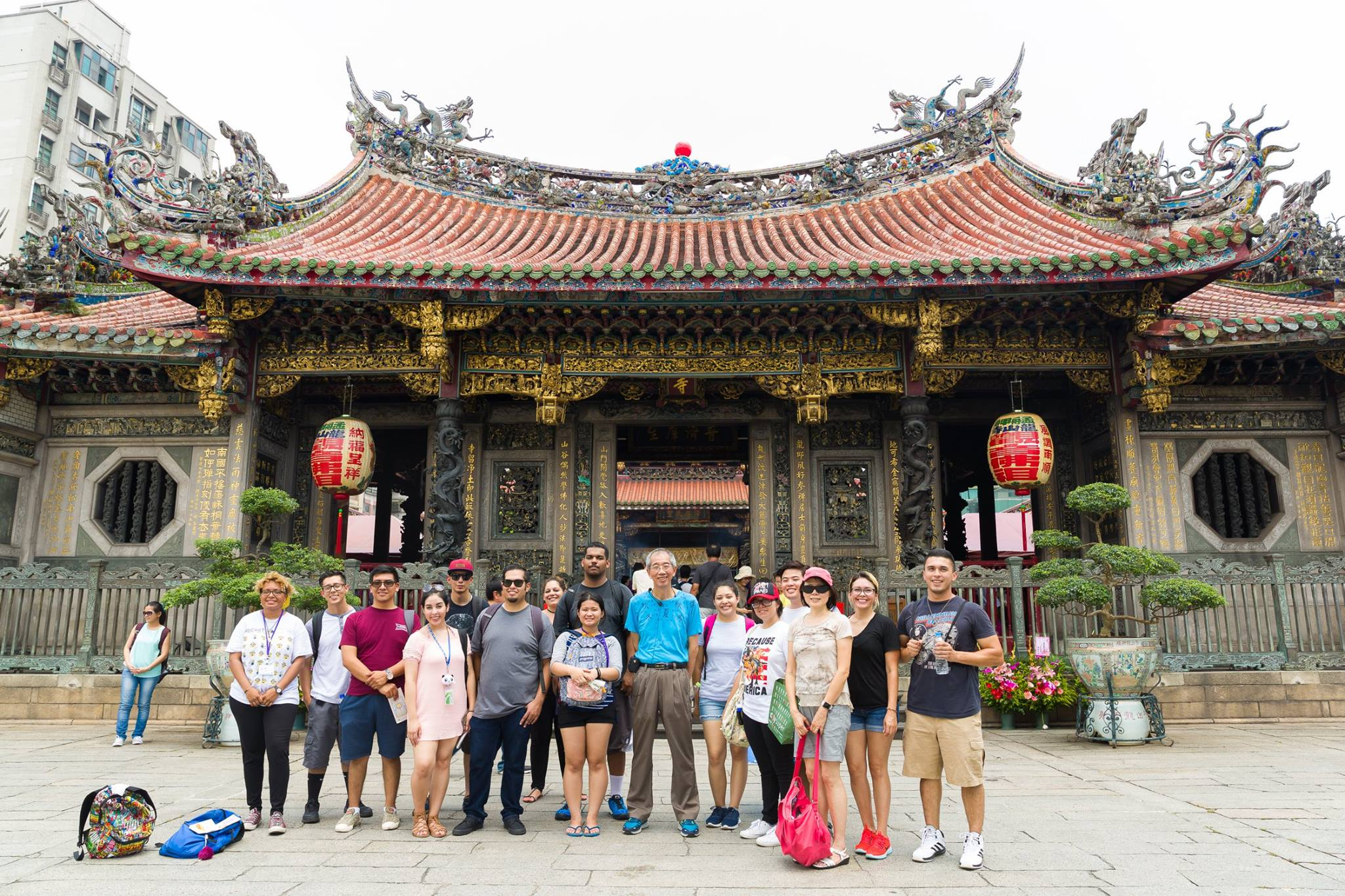 Taiwan study abroad group photo