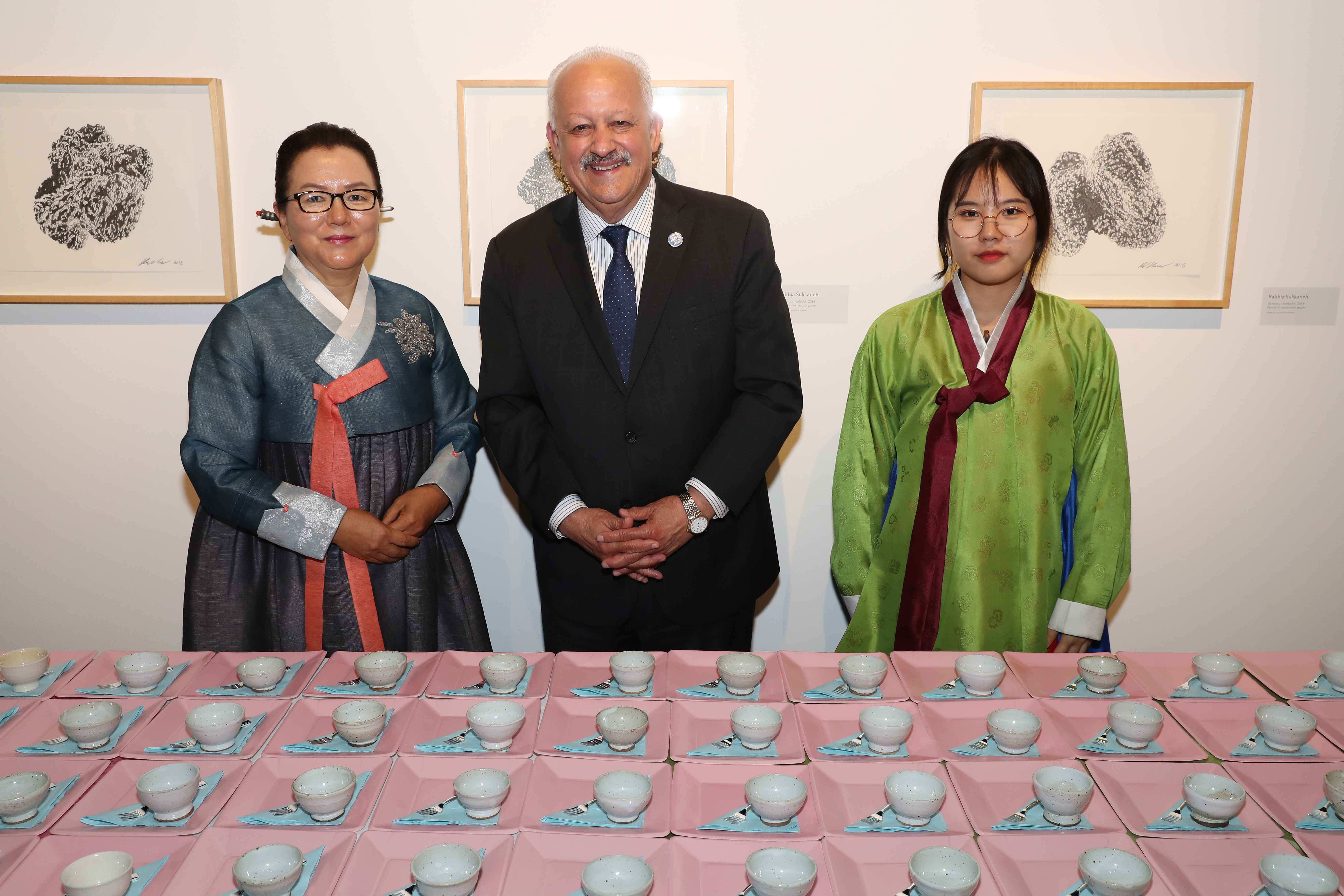 The Robert and Frances Fullerton Museum of Art (RAFFMA) at Cal State San Bernardino hosted a traditional Korean tea ceremony on March 7