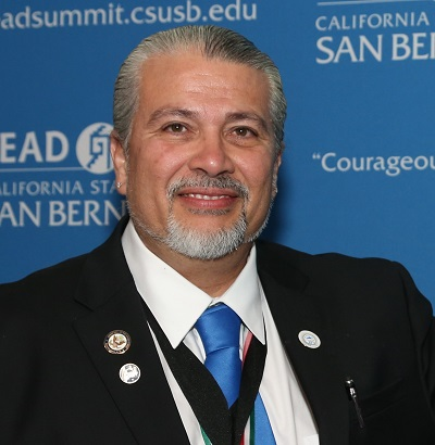 Dr. Enrique Murillo