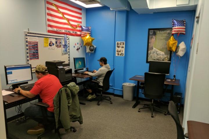 The Veterans Success Center Computer Lab